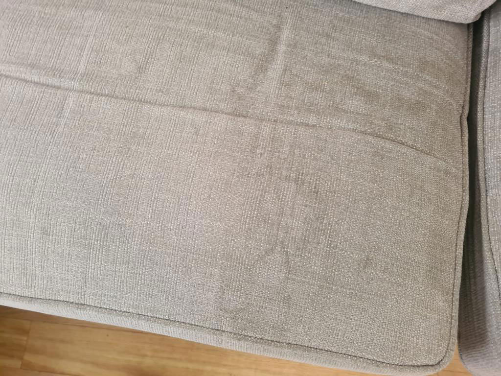 upholstery-cleaning-before-and-after